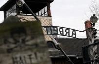 Akt oskarżenia za niszczenie bramy w Auschwitz II-Birkenau. Dwóch Portugalczyków może pójść do więzienia nawet na 10 lat