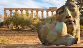 Rzeźby Igora Mitoraja