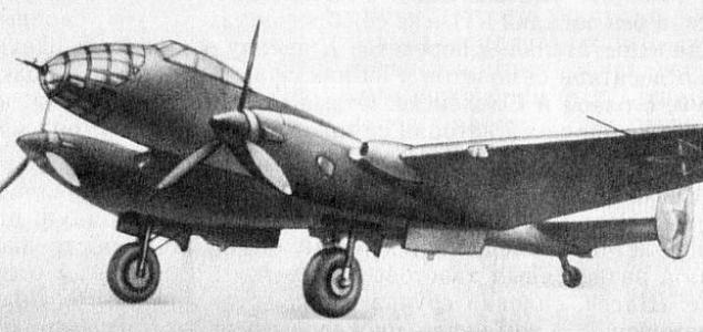 Bombowiec Jer-2 wykorzystywany w nalotach na Warszawę