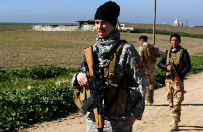 Chrze�cijanie organizuj� si� do walki przeciwko Pa�stwu Islamskiemu. Na Bliskim Wschodzie powstaj� zbrojne milicje, ale brakuje szkole�, sprz�tu i pieni�dzy