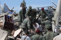 Ro�nie liczba ofiar �miertelnych trz�sienia ziemi w Ekwadorze