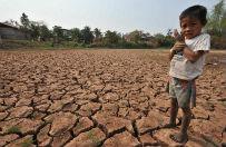 Poziom wody w Mekongu najni�szy od niemal 100 lat. Dla kraj�w Azji Po�udniowo-Wschodniej to tragedia, ale dla Pekinu to mo�e by� okazja do realizacji ambitnych plan�w