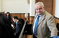 By�y marsza�ek woj. podkarpackiego oskar�ony o gwa�t i korupcj�. Proces przeniesiony do Rzeszowa, sprawa ma 70 tom�w akt