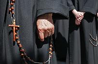 10,5 mln z� znikn�o z kont zakonu z Bydgoszczy. Duchowni mieli wydawa� pieni�dze na podr�e i drogie sprz�ty