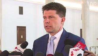 Petru: PiS chce doprowadzić do sytuacji, gdy będą w Unii głosowane sankcje wobec Polski