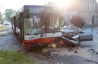 Zderzeniu dw�ch samochod�w z autobusem MZK w Szczecinie. S� ranni