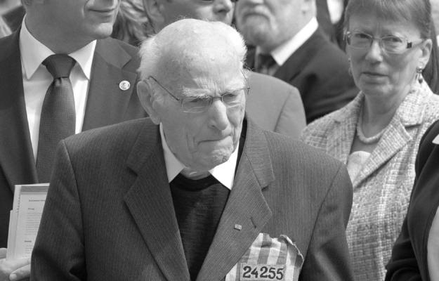 Prałat Hermann Scheipers w 2011 r.
