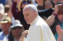 Papie�: podczas �wi�towania potrzebne jest wino