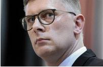S�awomir Cenckiewicz: teraz �wiat ponownie przypomina sobie Lecha Kaczy�skiego