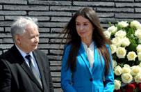Prezes PiS, premier i ministrowie na Wawelu oddali ho�d Lechowi Kaczy�skiemu