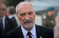 Niesio�owski: Macierewicz to z�y minister. Kownacki: to najlepszy minister obrony III RP