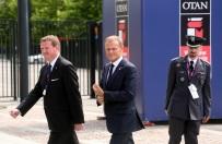 """Donald Tusk powie """"sprawdzam PiS""""? """"To by�aby polityczna droga na Golgot�"""""""