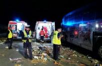 Groźny wypadek pod Piotrkowem Trybunalskim. TIR wjechał w autobus z dziećmi