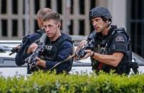 Sprawca ataku na policjant�w w Dallas pozostawi� wiadomo�� napisan� w�asn� krwi�