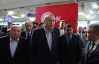 """Erdogan wezwa� nar�d do przeciwstawienia si� """"pr�bie zamachu stanu"""""""