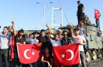 Pr�ba puczu wojskowego w Turcji. W�adze odzyska�y kontrol�