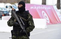 Z Tunezji wyjecha�o najwi�cej os�b do Pa�stwa Islamskiego. Eksperci: najgorsze dla tego kraju mo�e dopiero nadej��