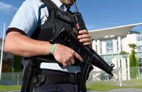 Niemieckie s�u�by: 18-letni Niemiec pochodzenia ira�skiego zastrzeli� 9 os�b - nie mia� powi�za� z ISIS, interesowa� si� zbrodni� Breivika
