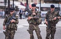Francois Hollande zapowiada powo�anie Gwardii Narodowej w reakcji na zamachy we Francji