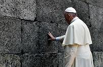 Niemiecka prasa o milczeniu papie�a w Auschwitz: godna forma ho�du