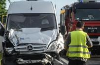 Wypadek na S7 w Grz�dach. 1 osoba nie �yje, 33 poszkodowanych