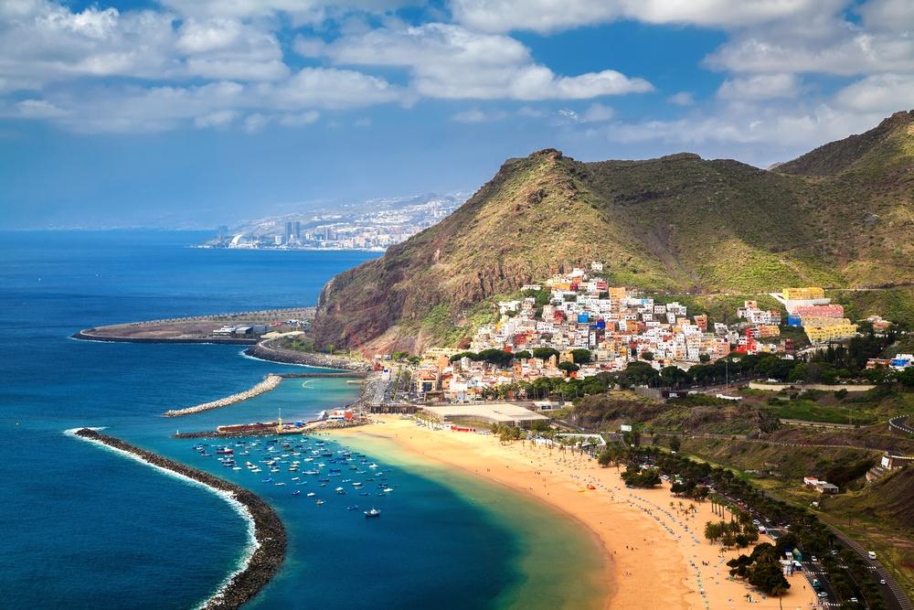 Teneryfa Jest Największą Z Wysp Kanaryjskich Nic Więc