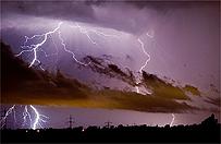 IMiGW ostrzega przed gwa�townymi burzami z gradem