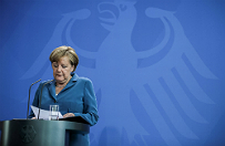 """""""Sueddeutsche Zeitung"""": Angela Merkel to """"potajemna szefowa"""" Europy, jest wsp�odpowiedzialna za problemy w UE"""