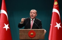 Recep Tayyip Erdogan: UE musi przekaza� Turcji obiecane 3 mld euro