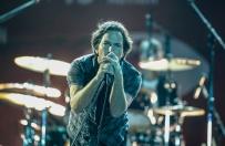 Rockman kaza� wyrzuci� z koncertu widza, kt�ry �le traktowa� kobiet�