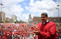 Prezydent Wenezueli musia� ucieka� przed rozw�cieczonym t�umem. Towarzyszy�y mu wyzwiska i uderzenia w blaszane garnki