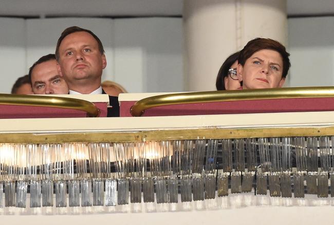 """Kilkuminutowe brawa po uroczystej premierze """"Smole�ska"""""""