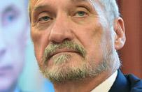 Szef MON: Rosja zwr�ci�a si� o materia�y ws. katastrofy smole�skiej