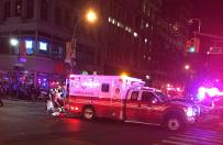 Wybuch bomby w Nowym Jorku. S� ranni. Znaleziono drugi �adunek. Uliczna kamera uchwyci�a moment eksplozji
