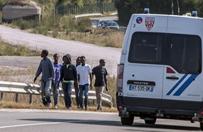 Tragedia w Calais. �mier� 15-letniego migranta pod ko�ami tir�w