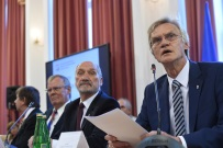 Wiceszef podkomisji smole�skiej o zaproszeniu do Moskwy: trzeba ustali� warunki spotkania