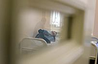 Dziewi�ciu pacjent�w straci�o wzrok po zastrzyku pewnego leku, rosyjscy �ledczy badaj� spraw�