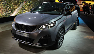 Peugeot 5008: SUV po francusku