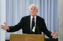 Dr Paul Cameron wyg�osi� wyk�ad w Sejmie. Krytyk homoseksualizmu przedstawi� kontrowersyjne dane