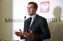 """Witold Ba�ka zdeubekizuje polskie zwi�zki sportowe? �rodowisko na """"tak"""", opozycja podzielona"""