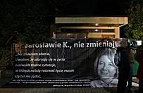 """""""Czarny protest"""" przed domem Jaros�awa Kaczy�skiego"""