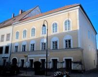 Zdecydowano ws. domu rodzinnego Hitlera: właścicieli wywłaszczą, będzie siedzibą organizacji charytatywnej