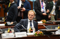 Grzegorz Schetyna rozmawia� z Donaldem Tuskiem; tematem m.in. jego przysz�o�� jako szefa Rady Europejskiej