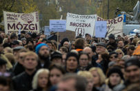 """Rozpocz�� si� Og�lnopolski II Strajk Kobiet: """"nie sk�adamy parasolek"""""""