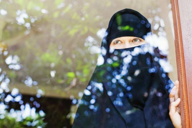 Dlaczego m�odzi Europejczycy przechodz� na islam? Piotr Ibrahim Kalwas: islam porz�dkuje chaos i zagubienie w �yciu