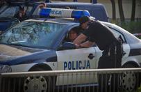 Iława: Trwa obława na 16-latka, który w kajdankach uciekł policjantom