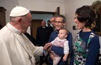 Papież spotkał się z rodzinami założonymi przez siedmiu byłych księży