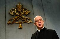 Decyzja papieża ws. rozgrzeszania aborcji przez kapłanów. Abp Fisichella: w mediach pojawiło się wiele idiotyzmów na ten temat