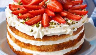 Prosty i efektowny tort biszkoptowy