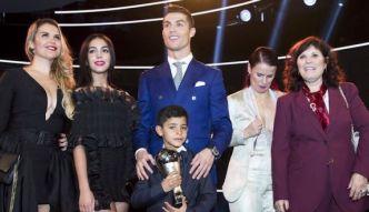 #dziejesiewsporcie: mama, siostry, ukochana. To one towarzyszyły Ronaldo na gali